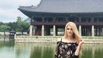 Foto: Model Cantik Rusia Mirip Barbie yang Suka Traveling