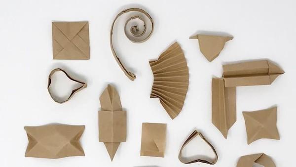 Tatsumi mengambil tips berupa origami tersebut dan menyimpannya. Semenjak itu, Tatsumi selalu mengumpulkan bungkus sumpit dan membuatnya menjadi origami yang indah (Japanese Tip/Facebook)