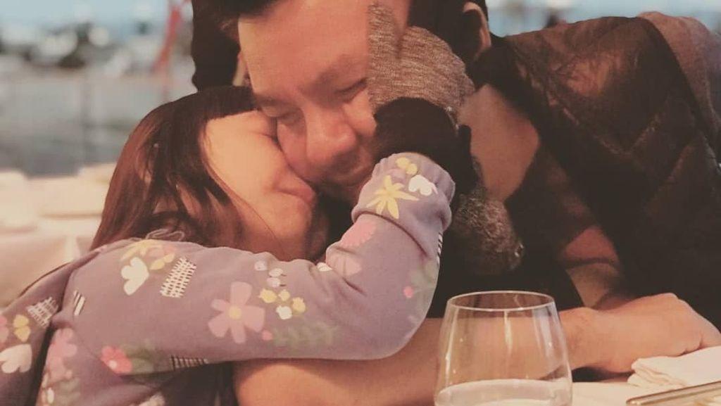 Jalani Kemoterapi di Singapura, Kondisi Anak Denada Membaik