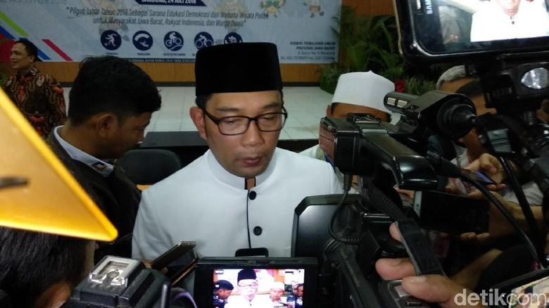Ridwan Kamil Tunjuk Erry Riyana Pimpin Tim Sinkronisasi