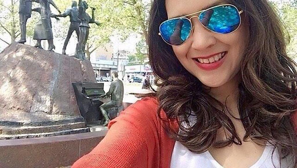 Resep Awet Muda Ira Wibowo yang Tetap Cantik di Usia 50 Tahun