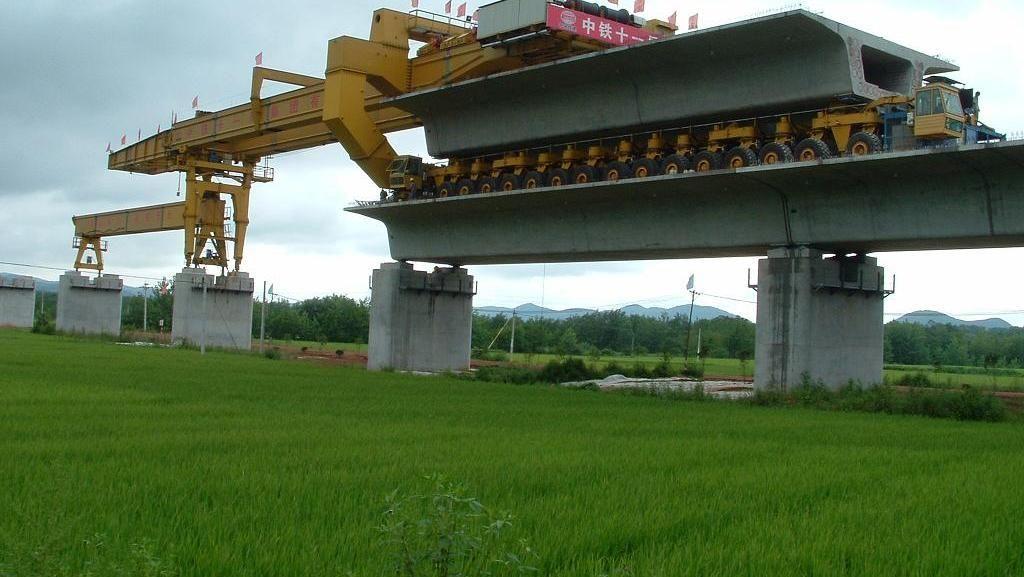 China Punya Monster untuk Bangun Infrastruktur