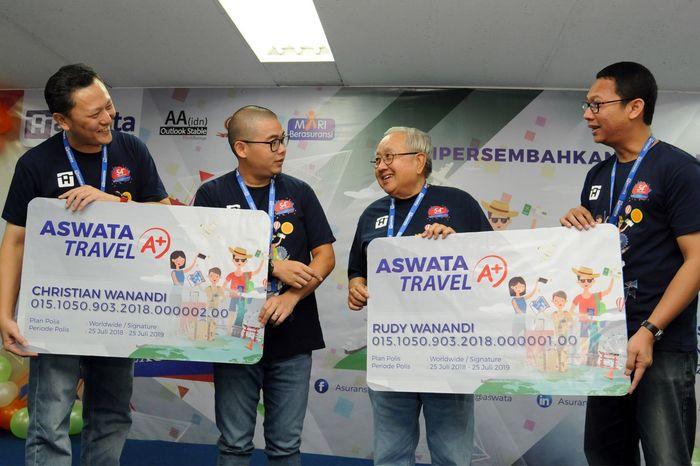 Aswata Travel A+ menawarkan 38 manfaat yang dapat memenuhi berbagai kebutuhan perlindungan selama bepergian baik ke luar negeri maupun dalam negeri, mulai dari kecelakaan dengan biaya medis hingga USD 100.000,-. Foto: dok. Aswata
