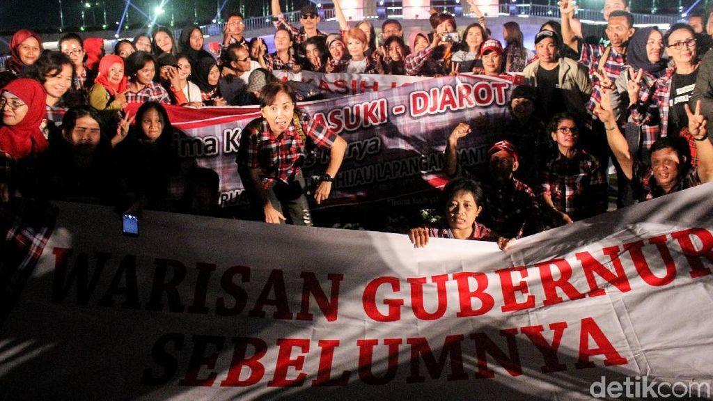 Pendukung Ahok Ramaikan Peresmian Lapangan Banteng