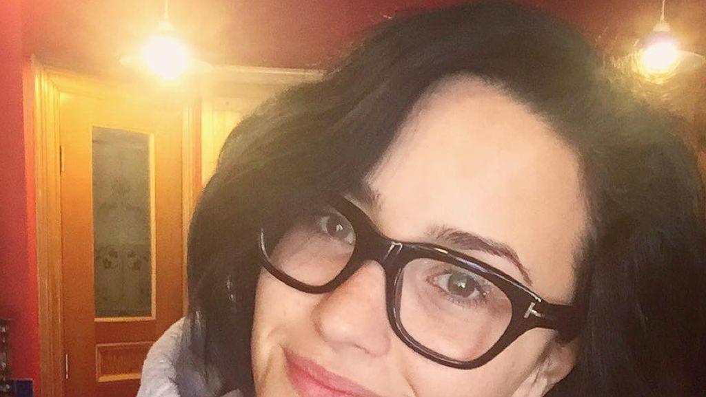 Ini Bukti Kalau Demi Lovato Penggemar Kafein