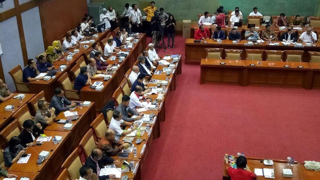 Sandiaga Rapat dengan Komisi X DPR soal Persiapan Asian Games