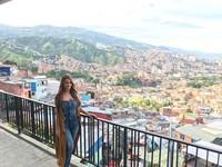 Yanet Garcia saat menyambangi Kolombia (iamyanetgarcia/Instagram)