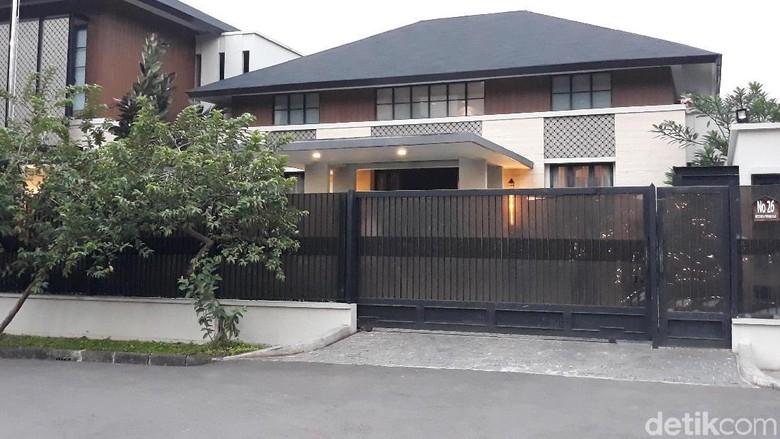 810 Gambar Rumah Baliho Gratis Terbaru