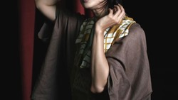 Maudy Koesnaedi kembali memainkan peran sebagai Zaenal di film Si Doel The Movie. Seperti tidak menua, apa sih rahasia Maudy tampil muda layaknya usia 20-an?