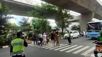 Di depan Mal Ambasador, Jakarta Selatan juga dipasangi pelican crossing. Foto: Peti/detikcom