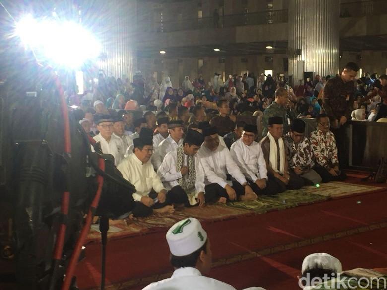 Wakapolri dan Ustaz Somad Hadiri Pengajian DMI di Masjid Istiqlal