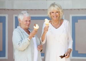 Sudah Jadi Anggota Kerajaan, Camilla Parker Tetap Hobi Makan Es Krim