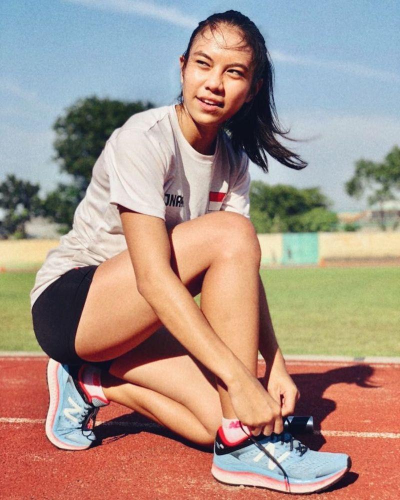 Namanya Jeany Nuraini, gadis 17 tahun ini merupakan atlet sprinter kelahiran Jakarta. Tahun ini dia ikut berpartisipasi di Asian Games lho! (jenaagrt/Instagram)