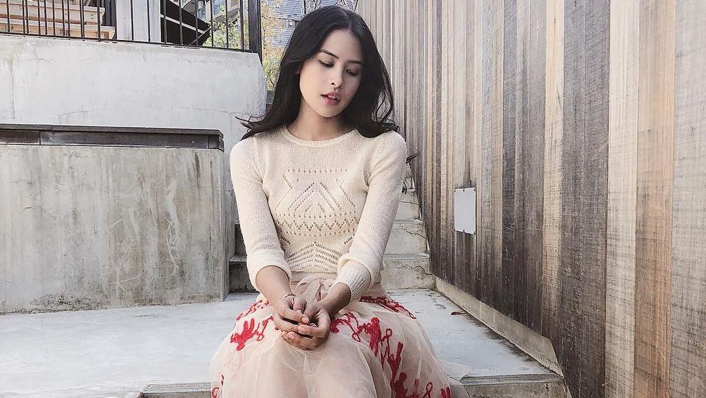 Keren! Maudy Ayunda Eksis di Vogue, Gaya Busananya Dipuji