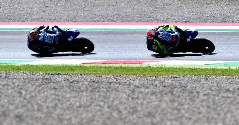Rossi dan Vinales. Foto: Tiziana Fabi/AFP Photo