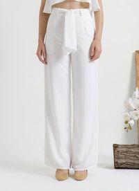 5 Baju untuk Tampil Elegan Seperti Meghan Markle Versi Lebih Terjangkau