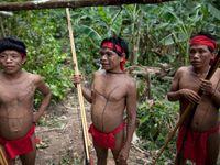 Suku-suku di Amazon masih hidup dengan cara tradisional (Reuters)