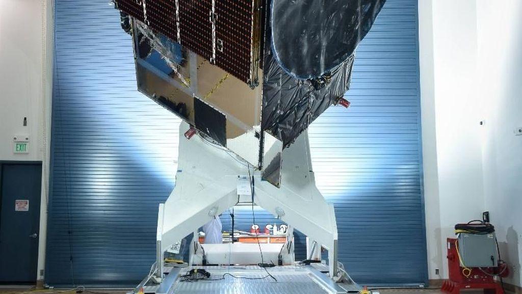 Fakta-fakta Menarik Jelang Peluncuran Satelit Merah Putih