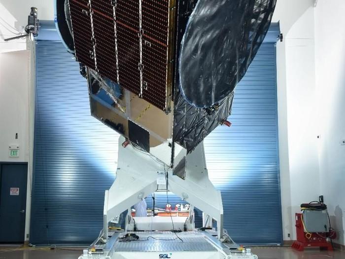 Satelit Merah Putih. Foto: Telkom