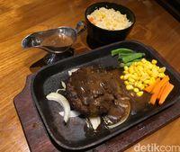 Mucca Steak: Gurihnya New Zealand Rib Eye Steakdan Hamburg Buttered Rice