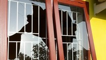 Rumah Warga Riau Dimolotov, Pemilik Nyaris Dibacok