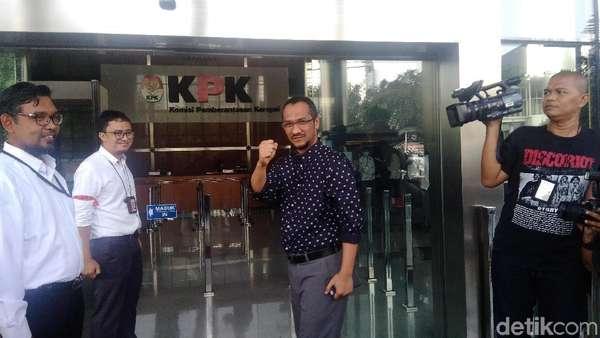 Jelang Novel Ngantor Lagi, Abraham Samad Tiba di KPK