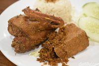Kuliner Bintaro: Bebek Kaleyo.