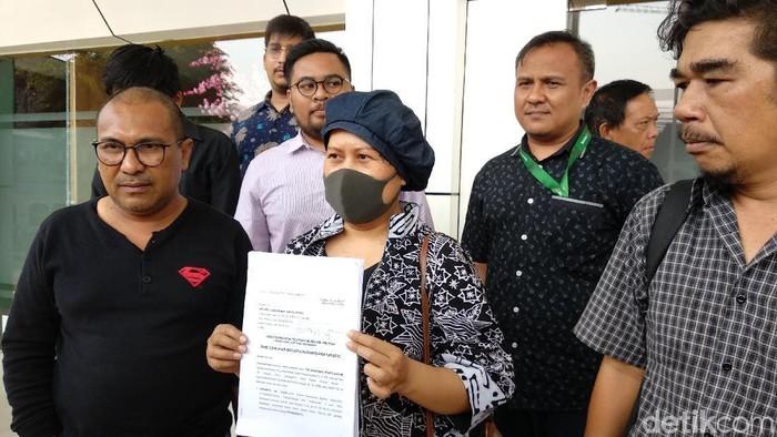 Juniarti, pasien kanker payudara HER2 positif merasa dirugikan dengan dihapusnya obat kanker trastuzumab dari daftar jaminan BPJS (Foto: Widiya Wiyanti/detikHealth)