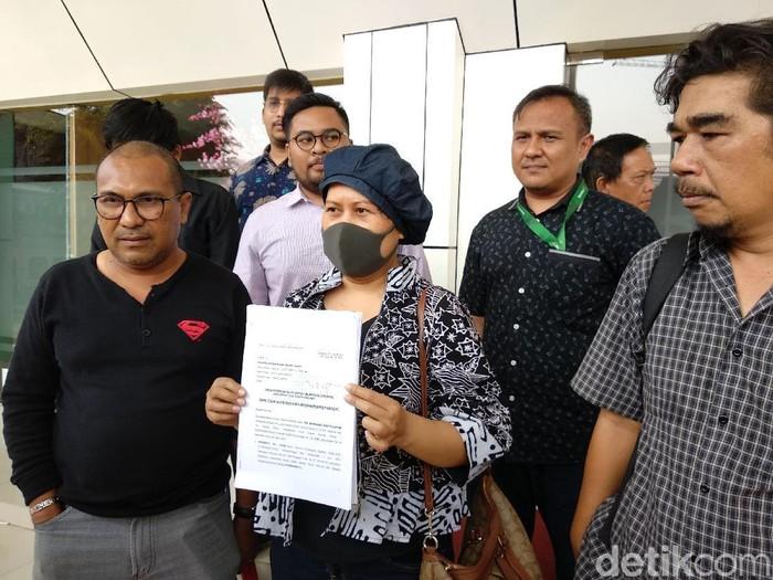 Pasien kanker Juniarti menggugat BPJS karena menghapus jaminan obatnya, trastuzumab. (Foto: Widiya Wiyanti/detikHealth)