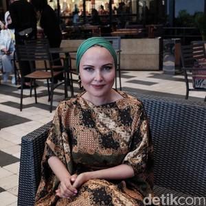 Kenalan dengan Dilyara, Peneliti Modest Fashion di Berbagai Negara