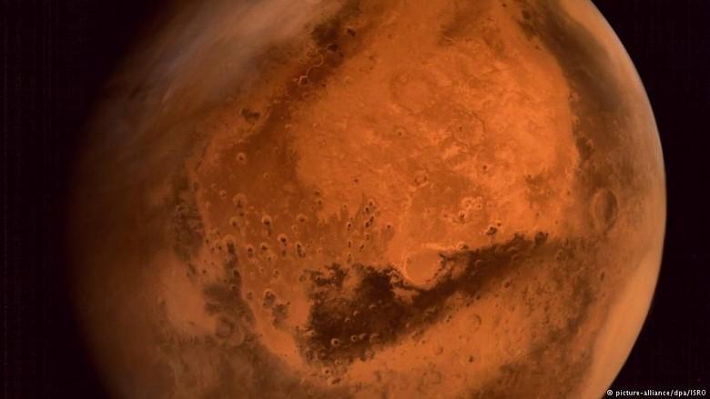 Ilmuwan Italia: Mars Punya Danau Bawah Tanah Berisi Air
