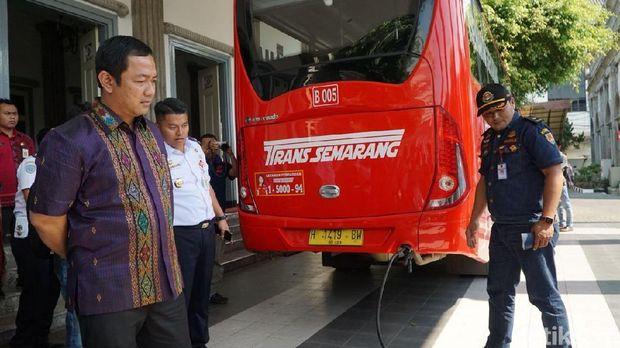 Irit dan Ramah Lingkungan, Trans Semarang Pakai Bahan Bakar Gas