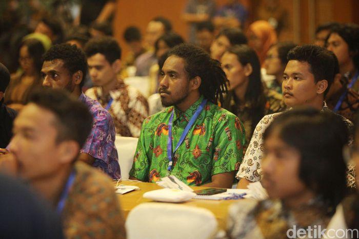 Ekspedisi Papua Terang merupakan upaya PLN bersinergi dengan stakeholders untuk mewujudkan percepatan pemerataan pembangunan di Indonesia Timur, khususnya elektrifikasi di desa-desa.
