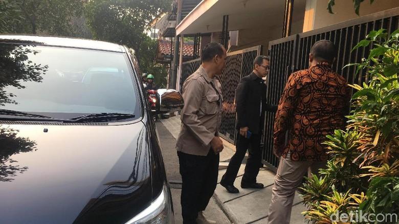Begini Aktivitas Novel di Rumah Jelang Ngantor ke KPK