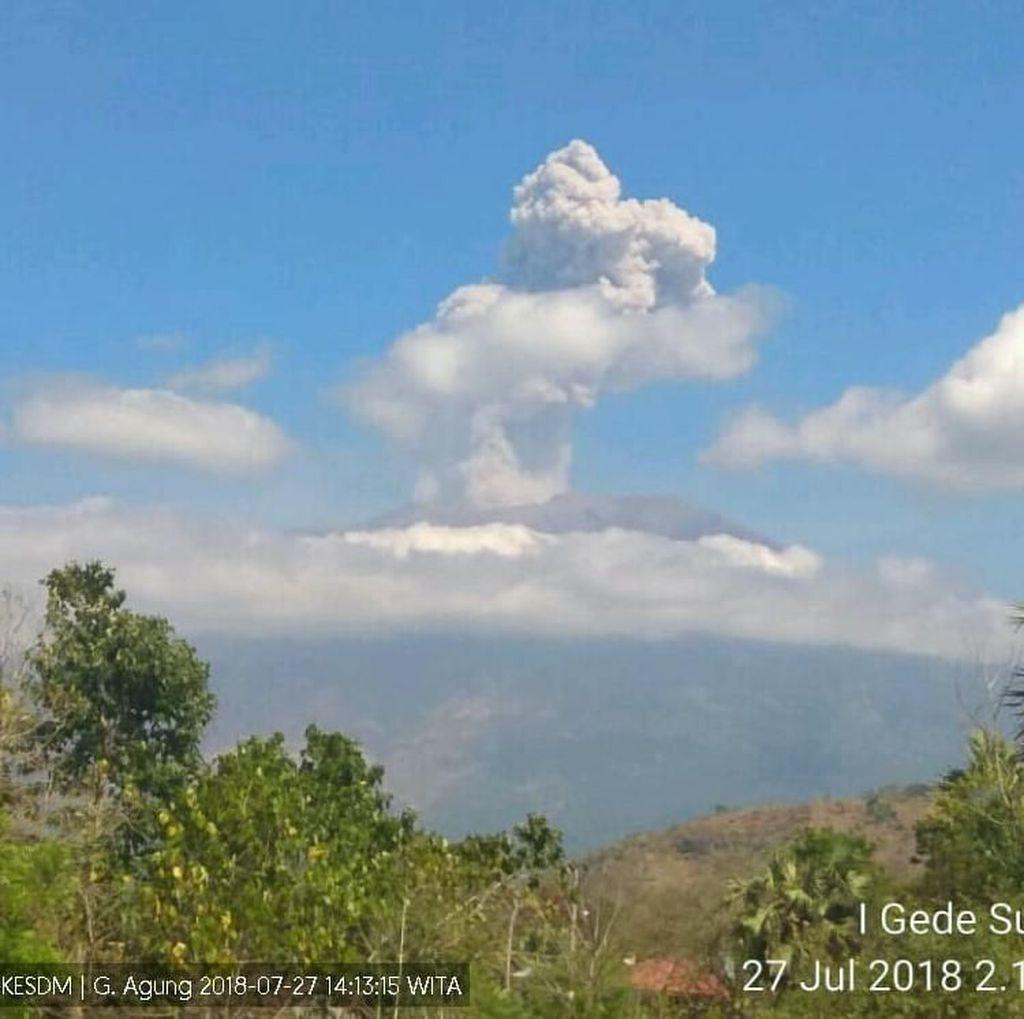 Gunung Agung Kembali Erupsi, Tinggi Kolom Abu 700 Meter