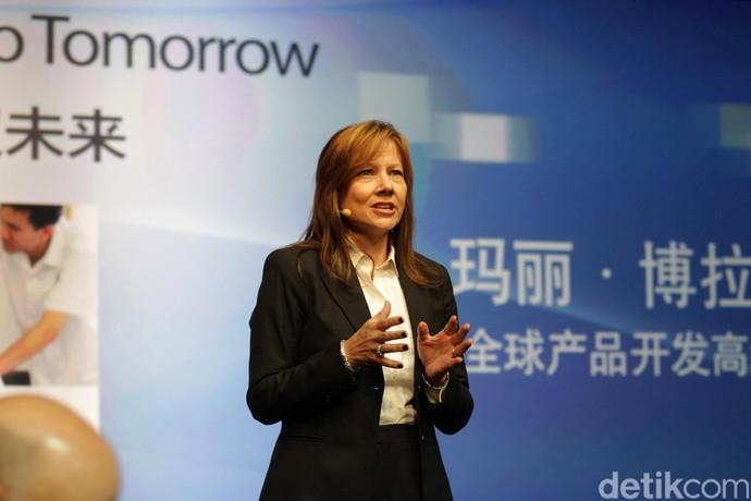 Wanita Ini Dapatkan Ratusan Miliar dari Jualan Mobil
