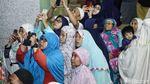 Antusias Warga Jakarta Lihat Gerhana Bulan Total