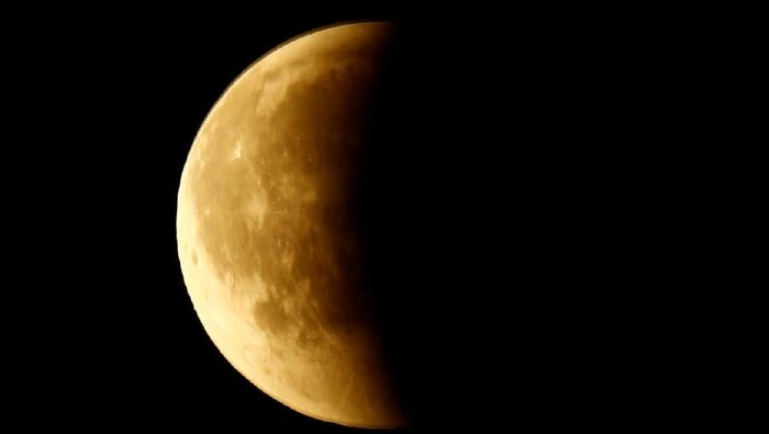 Foto ilustrasi gerhana bulan. (Reuters)