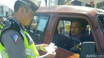 Ugal-ugalan Bawa Penumpang, Polisi Razia Sopir Tembak di Garut