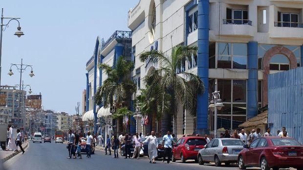 Menikmati Kota Resor Musim Panas Hurghada