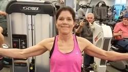 Judy Godsey sempat koma dan dirawat enam minggu setelah mengalami kecelakaan mobil. Dirinya memulihkan diri dengan olahraga sampai memiliki tubuh bugar.