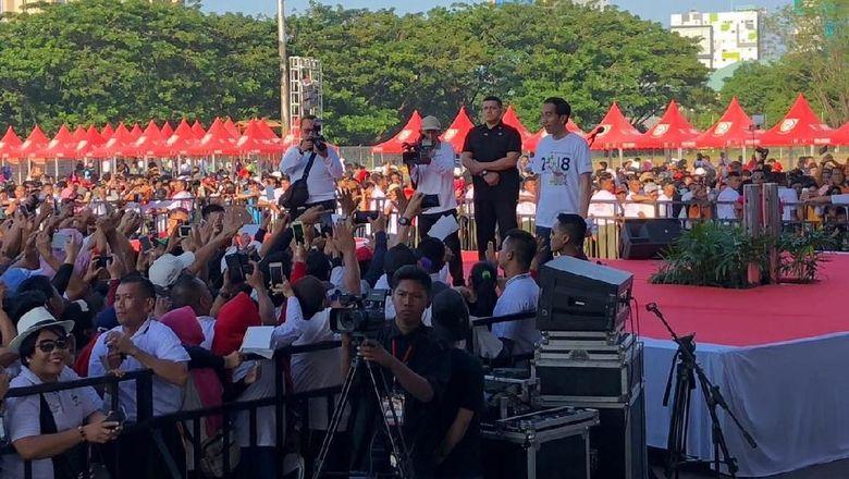 Jokowi Umumkan Pemilik Nomor Ini Bisa Dapat Rumah dan Mobil
