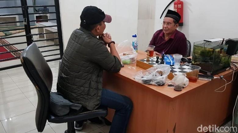Korupsi Pajak, Kakek Hasnil Ditangkap Dini Hari di Tangsel