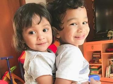 Senyum keduanya manis banget. (Foto: Instagram @shireensungkar).