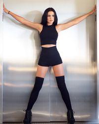 Valentina Bones yang mengidap Aquagenic Urticaria.