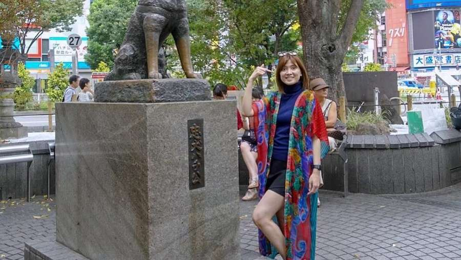 Gaya Kocak Chika Jessica kala Liburan di Jepang