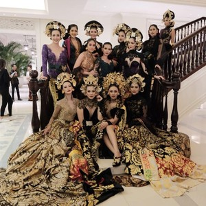 Penjelasan Anne Avantie Pensiun Bikin Kebaya untuk Puteri Indonesia