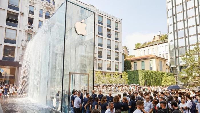 Logo Apple pada Apple Store. Foto: Apple