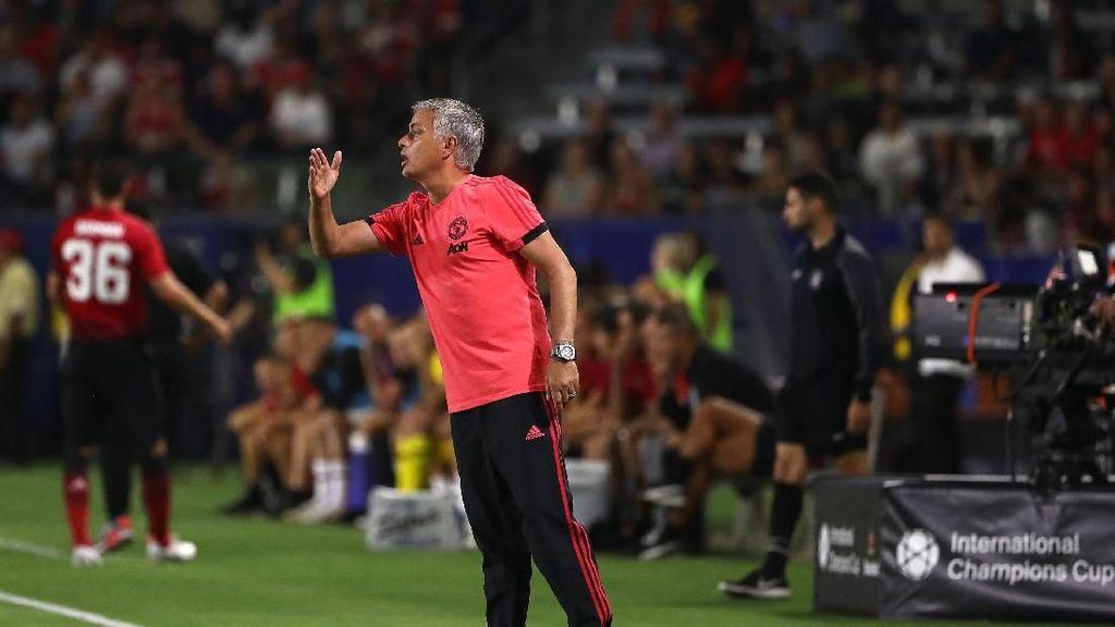 Jose Mourinho Jadi yang Pertama Dipecat Musim Depan?