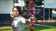 Dellie Threesyadinda, Pemanah Cantik Indonesia yang Hobi Traveling